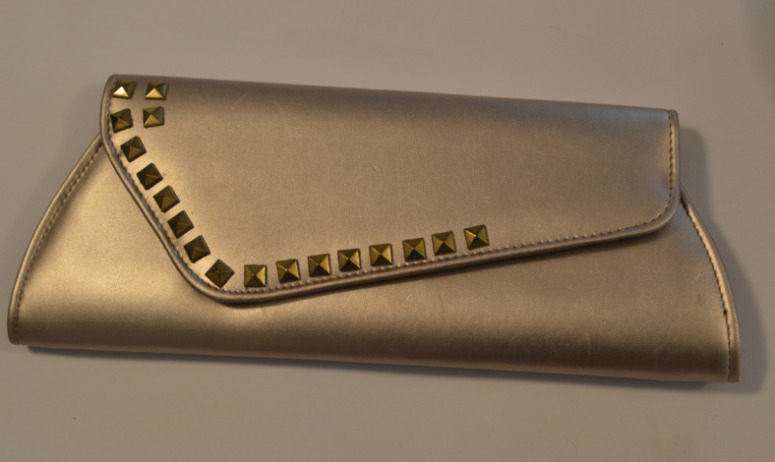 Just add the studs along the design of the bag